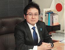 自由民主党神奈川県支部連合会 青年局長 頴原 督人